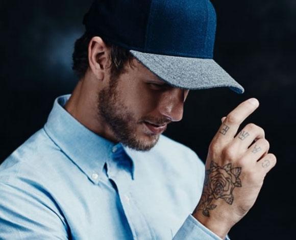 أبرز القبعات التي يمكن للرجال ارتداؤها من دون التقليل من أناقتهم
