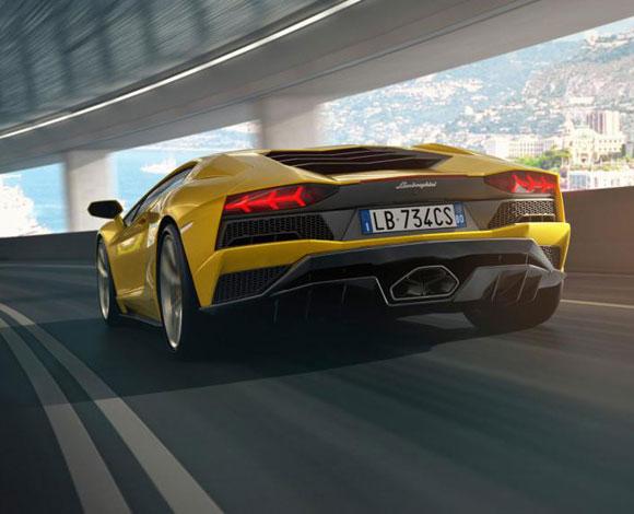 سيارة Lamborghini Aventador S لسنة 2017 ، سيارة عنوانها الجودة!