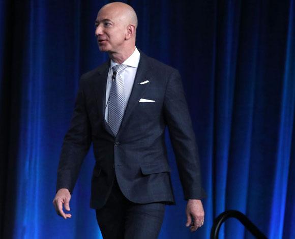 جيف بيزوس يبيع أسهمًا سنوية في شركة أمازون بقيمة مليار دولار