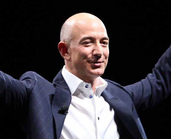 مؤسس أمازون يتفوّق ماليًا ويطيح بأكبر رواد الأعمال