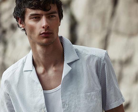 7 قطع لملابس الرجال الصيفية وطريقة ارتدائها بشكل صحيح