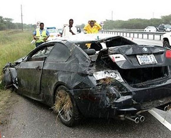 صور سيارات 7 مشاهير وحوادث تعرضوا لها