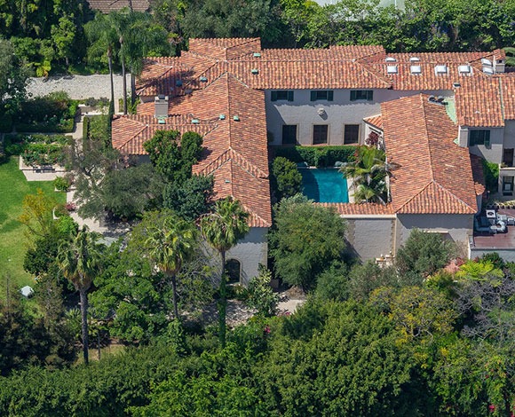 عرض منزل وعزبة بانديراس وغريفيث للبيع بـ 16 مليون دولار