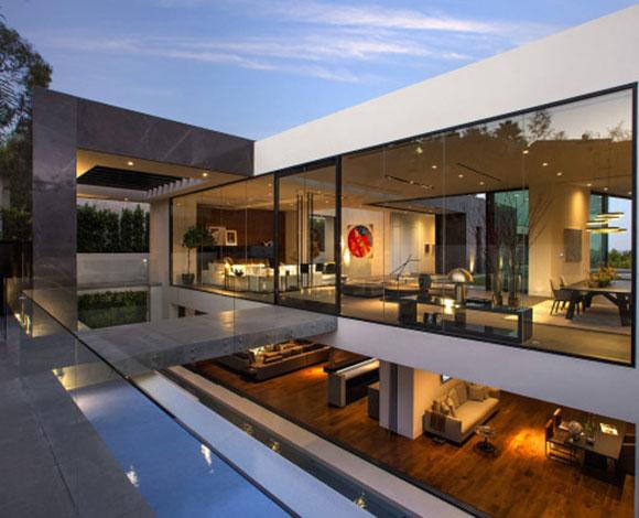 كالفن كلاين يشتري منزلاً في هوليوود هيلز بـ 25 مليون دولار