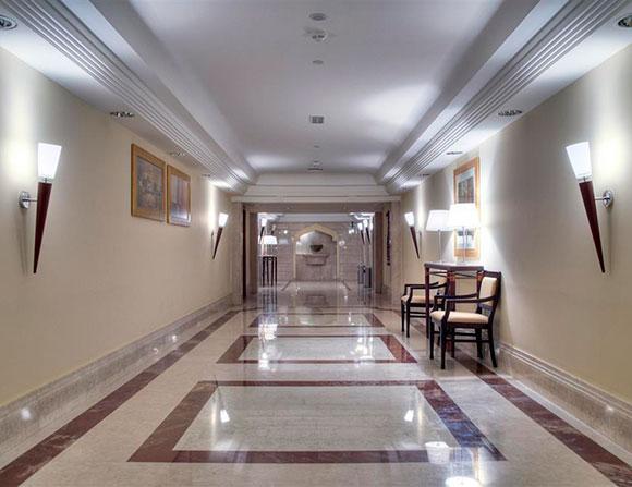 """نيكولاس بورج لـ""""رائد"""": هذا سرّ نجاح فندق """"كورنثيا"""" في الخرطوم"""