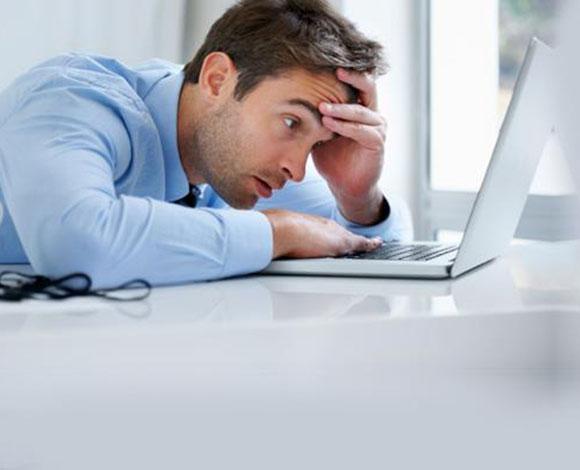 10 نصائح تضمن لك الاسترخاء التام في أماكن العمل المكتبية