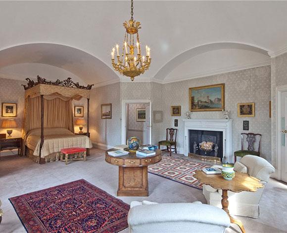 دافيد وفيكتوريا بيكهام يشتريان أغلى منزل ريفي في انجلترا