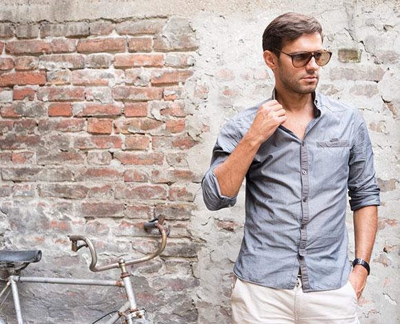 7 طرق تساعد الرجال على إخفاء مشكلة كبر حجم منطقة الصدر
