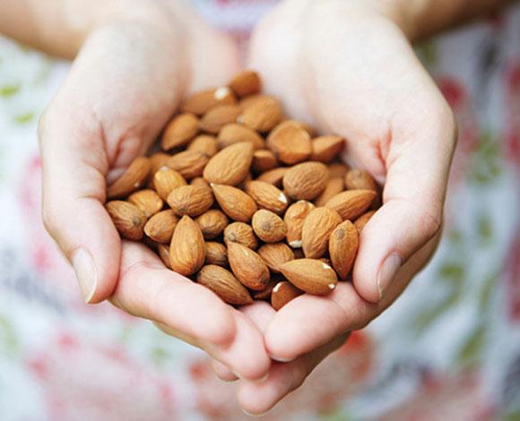 هل ترغب بخسارة وزنك الزائد؟ إليك 10 خيارات بروتينية