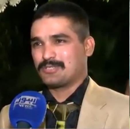 بالفيديو: عريس باكستاني يرتدي الذهب من رأسه حتى أخمص قدميه يوم زفافه!