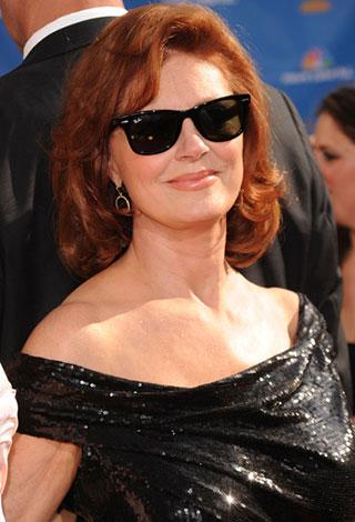 من هنّ اجمل النساء من المشاهير اللواتي تجاوزت اعمارهنّ الخمسين؟ بالصور