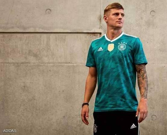 أديداس تكشف عن قمصان الاحتياطي لكأس العالم