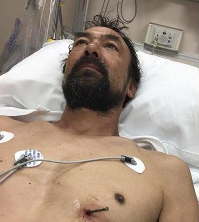 اخترق جسمه مسمار .. فقاد السيارة بنفسه إلى المستشفى