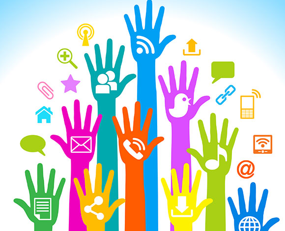 ما الفرق بين وسائل الإعلام الاجتماعية ووسائل الإعلام التقليدية؟