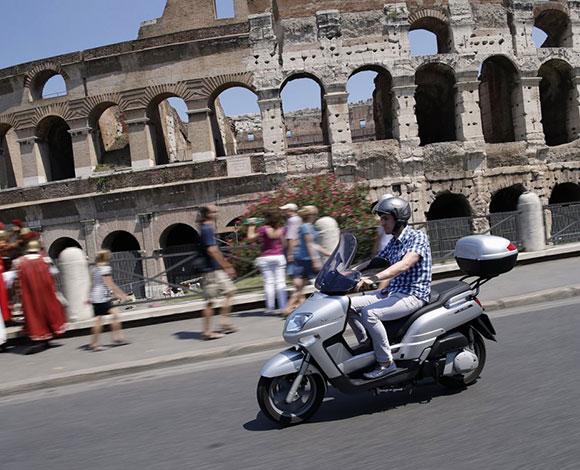 """ماتيو أشيلي... قصة الشاب الذي لُقّب بـ""""زوكربيرغ إيطاليا"""""""