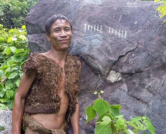 طرزان الفيتنامي عاش 41 سنة في البرية يقتات من الجرذان