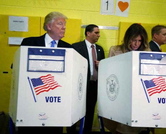 الرئيس ترامب يفاجئ العالم ويفوز .. مراحل مذهلة في صور