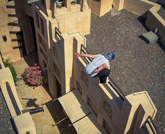 كيي ويليز في قفزات بهلوانية في مدينة جميرا... هذا ما قاله لنا