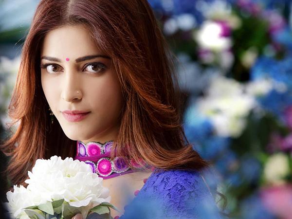 شاهد بالصور شروتي حسن إحدى أجمل حسناوات بوليوود
