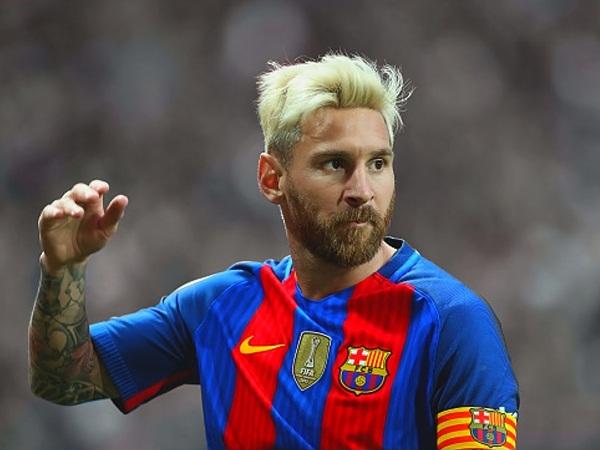 ميسي كان على قاب قوسين من ارتداء قميص ريال مدريد!