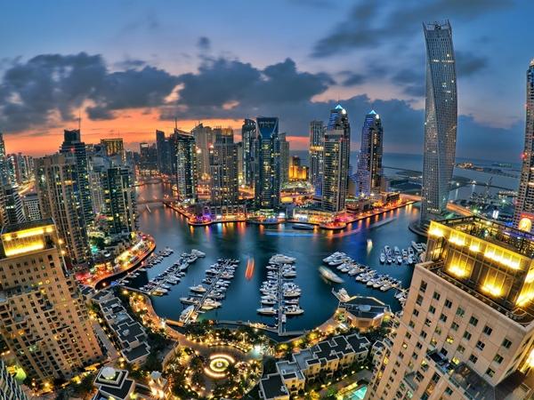 دبي .. إصدار قانون يؤذن بتنمية جديدة في مجال العناية الصحية بالإمارة