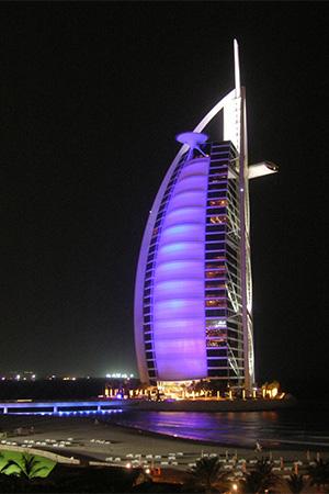 تعرّف إلى أفضل 5 فنادق إماراتيّة بحسب تصنيف السيّاح