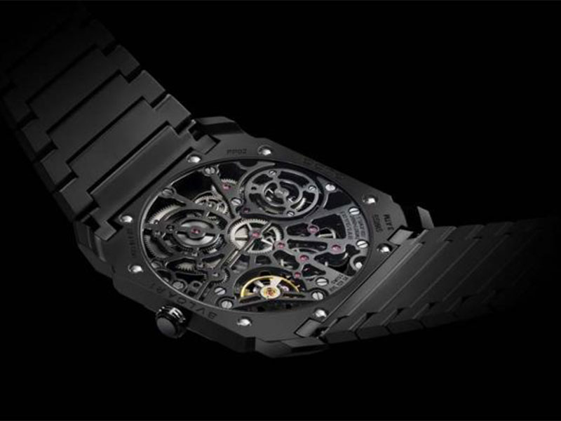 بلغاري تطرح ساعتي  Octo Finissimo Skeleton و L'Originale Chronograph