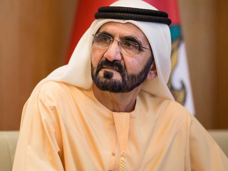 وجه الشيخ محمد بن راشد آل مكتوم يضيء سماء دبي... شاهد الصورة