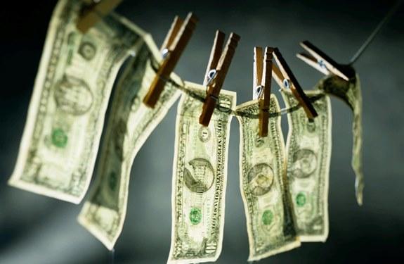 ما هو غسل الأموال