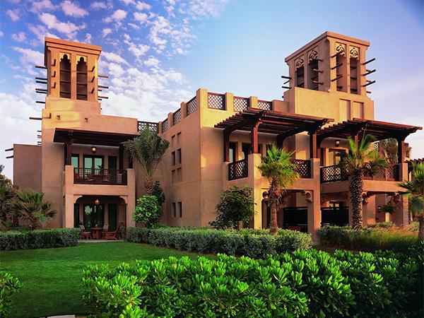 من بينها بيت الصيف وباب الشمس... إليك أفخم فنادق مدينة دبي