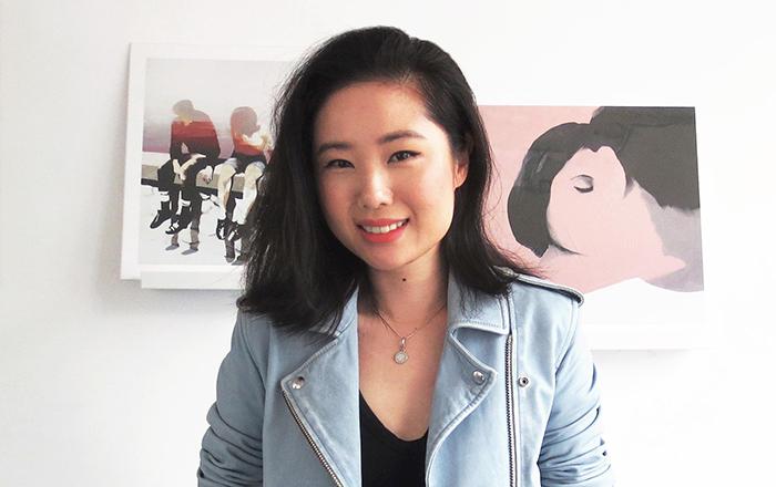 امرأة شابة تؤسس شركة تستخدم التقنية لمعالجة الأمراض غير القابلة للشفاء