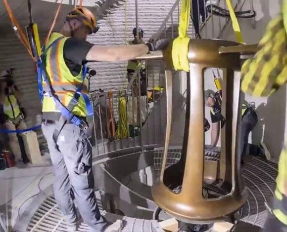 ساعة مذهلة من أمازون تعمل لعشرة آلاف سنة