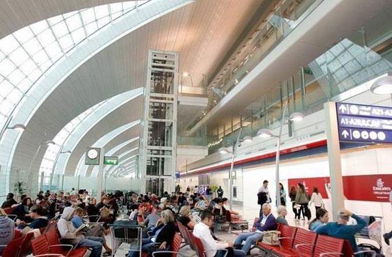 مطار دبي يعلن عن قواعد جديدة لرفض دخول الحقائب
