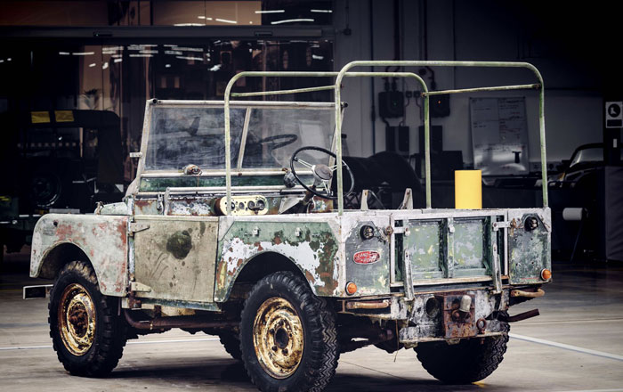 ترميم أولى سيارات لاند روفر للاحتفال بالذكرى السنوية ال70 لتأسيس الشركة