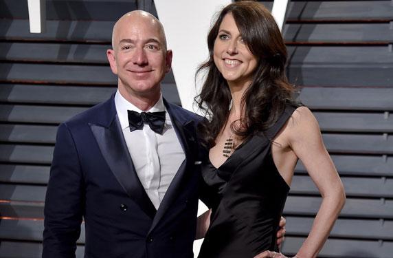 هذه قصة زواج الملياردير جيف بيزوس من شريكة حياته ماكينزي