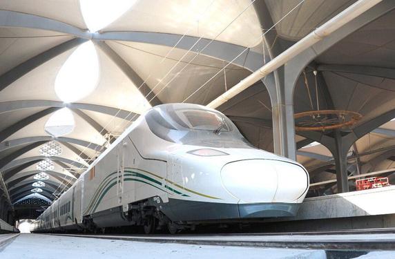 رحلة تجريبية لقطار الحرمين من جدة إلى مكة المكرمة