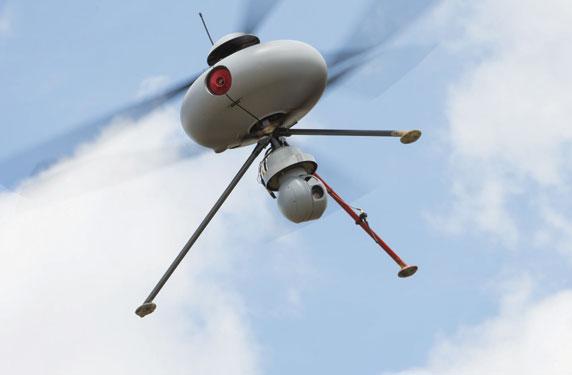 أول شبكة لنقل عينات الدم إلى المستشفيات بالطائرات الآلية في سويسرا