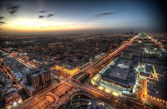 إحالة قضية 1.2 مليون تأشيرة استقدام لست شركات للتحقيق في السعودية