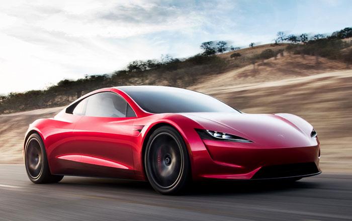 5 معلومات يجب أن تعرفها عن سيارة تسلا Roadster الجديدة