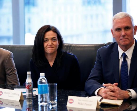 دونالد ترامب يجري اجتماعا استثنائيا  لكبرى المدراء التنفيذيين العالميين