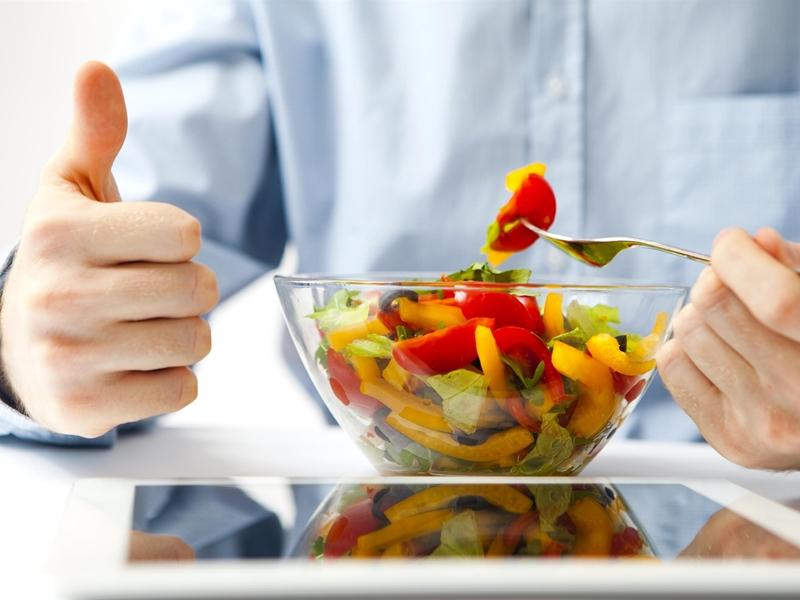 خمسة مأكولات إن تناولتها خلال فترة الدايت فأنت تدمّر نظامك بشكل كليّ