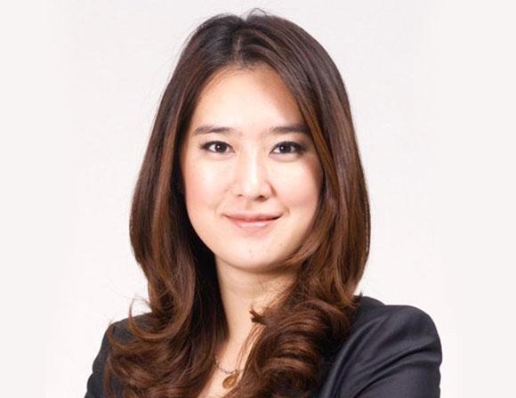 فتاة أعمال من هونغ كونغ أصغر ملياردير في العالم