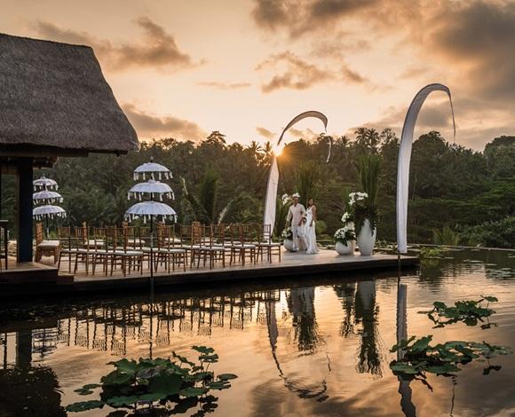 اعقد قرانك على أكبر ممر فوق الماء بفندق الفورسيزون في بالي