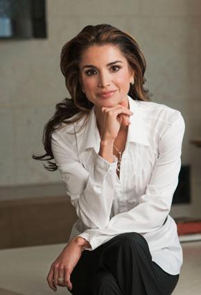 الملكة رانيا أكثر النساء اناقة