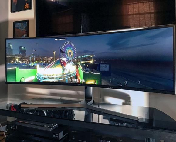 شاشة CHG90 الجديدة من سامسونغ ... هذه مزاياها وهذه نقاط ضعفها!