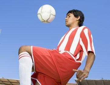 دراسة: أبرز نجوم كرة القدم يتمتعون بقدرات عقلية فائقة