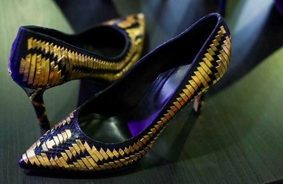 حصريا في دبي: حذاء نسائي مرصع بالذهب ثمنه 33 ألف دولار!