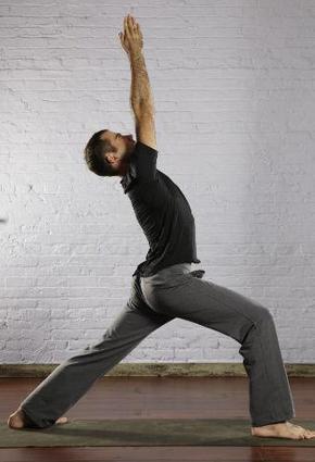 لأن اليوغا رياضة فكرية وجسدية: اليك أهم 10 وضعيات