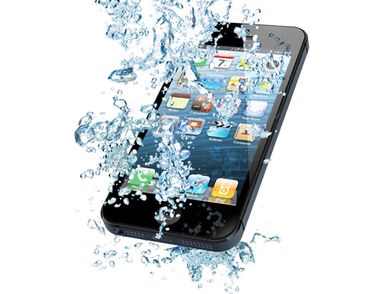 هاتف أبل المُقبِل سيأتي بأجنِحة مائيّة تفتح تلقائيًا عند السقوط