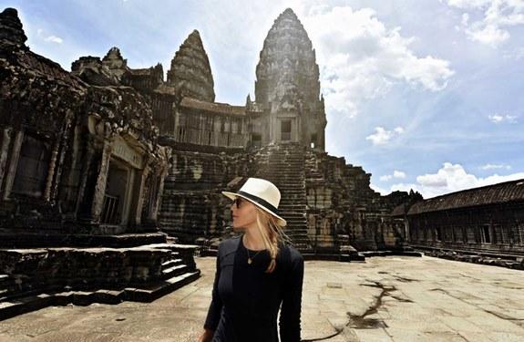 امرأة عمرها 27 عاماً تخطط لتصبح أسرع امرأة تسافر كل دول العالم